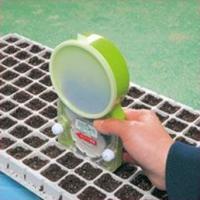 エコ播っくに苗作り用トレイ、畑へ直播きができるゲージが 付いたお得なセット。