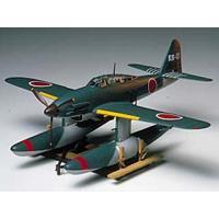 ●送料400円 日本軍飛行機モデル 組立式プラモデルです 完成時の全長221mm、全幅254mm こ...