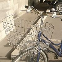 アタッシュケース対応自転車かごは横長カゴで通勤用前かごとして最適です。  ビジネスバッグ対応の横長か...