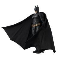 超プレミア商品!6月新発売のバンダイのS.H.フィギュアーツ バットマン(ダークナイト) バットマン...