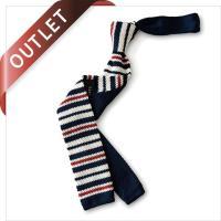 ネクタイをお洒落に決めたいあなたにお勧めのニットタイです。 ボーダーデザインは、ビジネスにもカジュア...