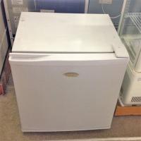 商品名:家庭用電気冷凍庫  寸法:W500×D505×H540  メーカー:ハイアール  型式:JF...