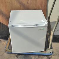 商品名:小型冷蔵庫  寸法:W470×D450×H490  メーカー:ヤマダ電機  型式:YRZ-C...