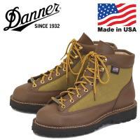正規取扱店 THREE WOOD 1980年に世界で初めてブーツにゴアテックスを搭載、ダナーDNAの...