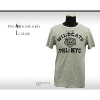 特別な加工でヴィンテージの風合いを出したコットンジャージー製の半袖Tシャツ。細かいチェーンステッチで...
