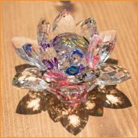 クリスタルのロータス 約10.5cm / ロータス、ガラス、置物、クリスタル  インドとアジア雑貨 ...