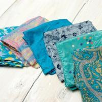 オールドサリーのスカーフ 約55cm×約55cm (ブルー系) / エスニック 衣料 服 ファッション アジア インド