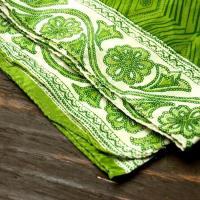 オールドサリーのスカーフ 約105cm×約105cm (グリーン系) / ストール リサイクルサリー