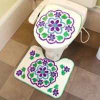 大きな花がぱっと咲いたかのような、サンクリストバルのトイレカバー&マット!洗浄暖房型用のサイズです。...