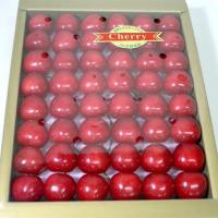 「さくらんぼ」は、初夏の訪れを告げる高級果物のひとつです。季節感ある果物です。なかでも「佐藤錦」は、...