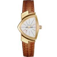 1957年、世界初の電池式時計として誕生した「ベンチュラ」。キャデラックを手がけたリチャード・アービ...