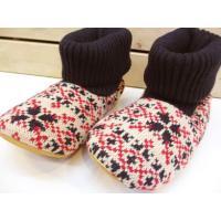 冬気分も盛り上がりそうな、ほっこりスノー柄。ハイゲージの毛糸を編んで作った、見た目にも温かなルームブ...