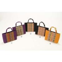 龍村の生地を使った高級感漂う手さげバッグです  手帳やお財布が余裕で入るちょうどよい大きさです♪  ...