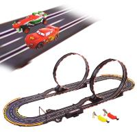 カーズのキャラクターたちがレーシングスロットカーセットで登場です!!コースレイアウトサイズ150×6...