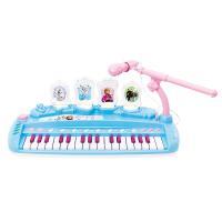 大きなマイクのついたアナと雪の女王のキーボードです。デモ曲『Let it go』『雪だるまつくろう』...