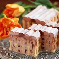 トップス×ワッフルワッフル ワッフルチョコレートケーキ  チョコレートケーキの名店『トップス』とコー...