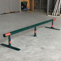 自由に持ち運び可能なスケートボードストリートセクション丸型レール! たっぷり滑れる長さ2m、直径約6...