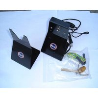 商品説明  富士工業 フィニッシングモーター FMM2 です。  ガイドの取り付けに便利です。  使...