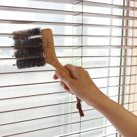 Redecker(レデッカー) ブラインドブラシ  商品説明:山羊毛を使用したブラインド掃除専用のブ...