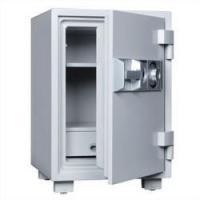■ 内部に鍵付の引出しを装備しており、押し入れへの収納設置に適したサイズとなっています。 ■ ダイヤ...