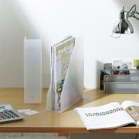 雑誌や書類を収納できるスタンドファイルボックスです。タテでもヨコでも使え、前向きでも後向きでも使える...