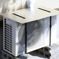 アルミのパワーで熱線カット!直射日光をカットし室外機の負担を減らしてくれるエアコン室外機用パネルです...