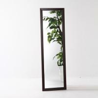 シンプルでスタイリッシュでおしゃれな壁掛けタイプ。 鏡部分が大きめなので全身しっかり映ります。 どん...
