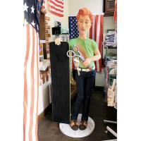 オネエのカリスマ美容師さん 高さ約181センチ レジン製 プロモーションドール