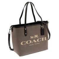 コーチ(COACH)のハンドバッグです。  コーチ(COACH) は、1941年にマイルズ・カーンと...