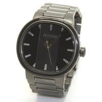 ニクソン(NIXON)の腕時計です。  ニクソン(NIXON)は、1998年に創立したアメリカの時計...