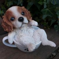 商品詳細商品説明犬の置物 ティーカップキャバリアでございます。ティーカップの中に子犬が入った可愛い犬...