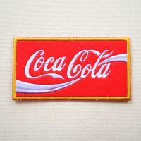 サイズ(約):タテ4cm×ヨコ12cm  世界的に有名なアメリカの炭酸飲料ブランド「Coca-Col...