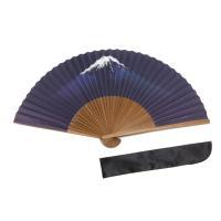富士山が描かれた紙扇子です サイズ:長さ約22cm 扇子袋付き、箱入りなのでギフトにも。 製造:中国...