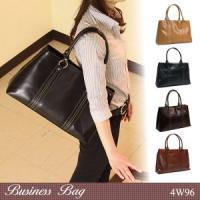◇ポイント/リクルートからビジネス、デイリーまで使えるシンプルなデザインのビジネスバッグ。A4サイズ...