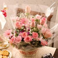 誕生日 花 バラ 薔薇 あすつく 女性に人気のピンクバラアレンジメント  【商品内容】バラまたはミニ...