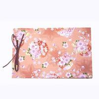 和風テイストのウェディングにぴったりな桜(さくら)柄のゲストブック(芳名帳)。しっかりとした台紙に和...
