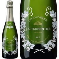 ジェイ シャルパンティエは、ベル エポックで有名なペリエジュエや、モエ エ シャンドン等、有名なメゾ...