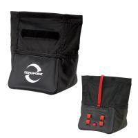 製品説明  チョークアップが容易で、ボルダリングでの使用に最適な置き型チョークバッグです。防水性を備...