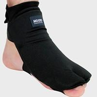 ■製品特徴 左右セットの価格です。 指先と足の甲をしっかりガード 素材は足首の保護のためポリエステル...