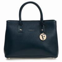 こちらの商品は新品未使用になります。人気のフルラのバッグです。   スタイル番号 − FURLA ...
