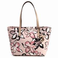 こちらの商品は新品未使用になります。人気のリボンのバッグです。   スタイル番号 − PXRU67...