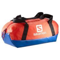 25Lの小型バッグ。 底面には耐久性のある防水素材を使用しており、どんな場所に置いても安心です。  ...