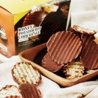 ポテトチップとチョコレート、意外な組み合わせから生まれた大ヒットのおいしさ。 パリッとした軽快な食感...