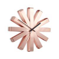 ステンレスを組み合わせ、リボンのような時計です。12本の線で時刻を表します。 umbra(アンブラ)...