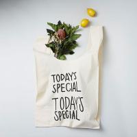 TODAY'S SPECIALのオリジナルマルシェバッグです。牛乳パックやペットボトルも余裕で入るゆ...