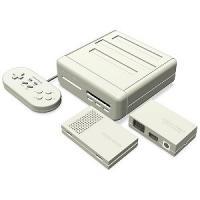 【商品解説】 ●本体は、従来のレトロゲーム互換機とは全く異なるハード設計により、ファミコンカセットと...