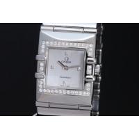 ダイヤモンドベゼルと4Pダイヤモンド文字盤のコンステレーション カレ クアドラ レディース クォーツ...