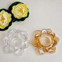 人気のロータスのガラス製キャンドルスタンドです☆  分厚いクリアガラスでロータスの重なり合った花びら...