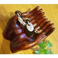アジアン雑貨 トレイ 小物入れ エスニック雑貨 バリ雑貨   結構リアルに作られた木の両手です。  ...