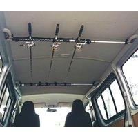 インテリア・バーに簡単に取り付けられるロッド積載用のホルダーです。 5本収納可能。 ※商品の取付には...